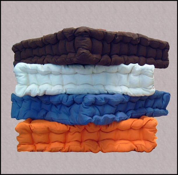 Tappeti per la cucina a prezzi outlet cuscini per sedie e for Cuscini colorati per divani