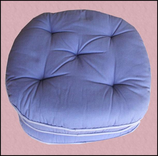 Tappeti shaggy scegli i nostri cuscini per le sedie tinta for Sedie cucina prezzi bassi
